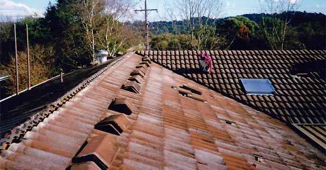 Rebedding ridge tiles